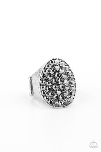 Paparazzi Ring - Test Your LUXE - Silver - New Release