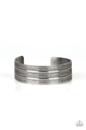 Paparazzi Bracelet - Patterned Plains - Silver