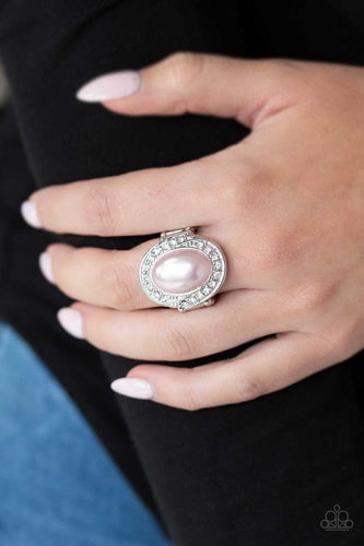 Paparazzi Ring -  The ROYALE Treatment - Pink