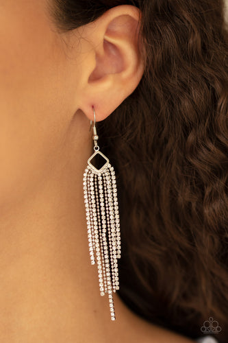Paparazzi Earring  - Singing in the REIGN - White