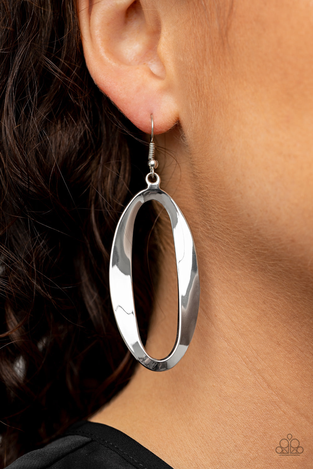 Paparazzi Earring - OVAL My Head - Silver