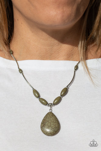 Paparazzi Necklace  - Explore The Elements - Green