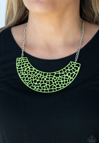 Paparazzi Necklace  - Powerful Prowl - Green