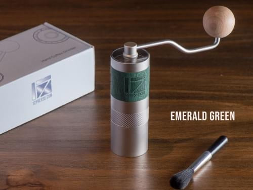 Q2 Manual Coffee Grinder - Green