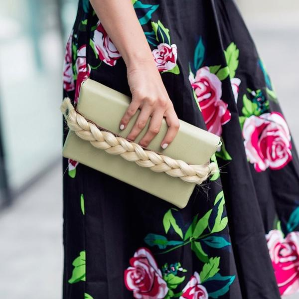 Mugon - TheFashionFraction Clutch