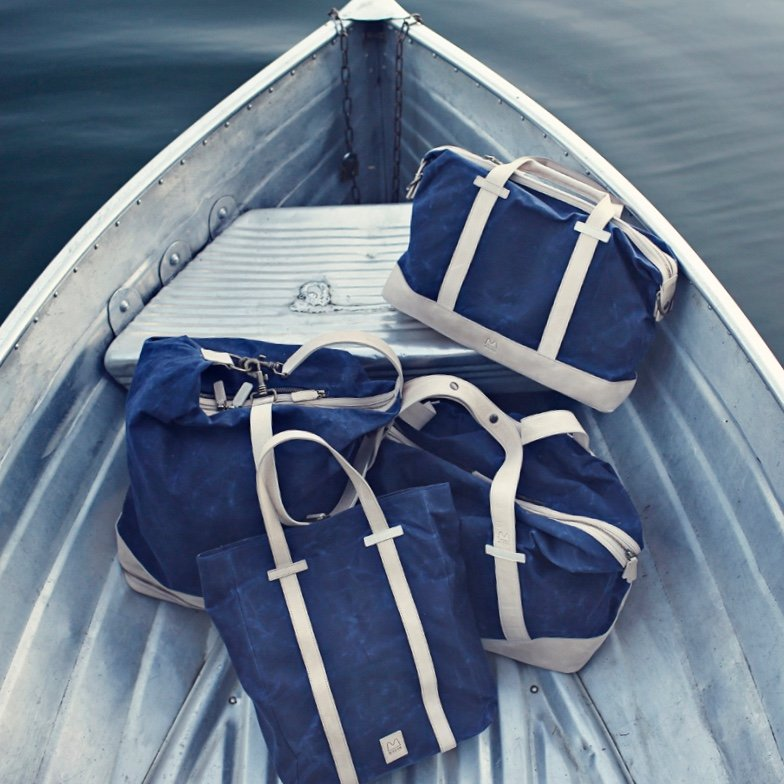Mugon Navy Edition - Lookbook Boat