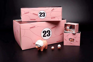 (Pre order) Porsche Pink Pig figure set of 3 1:18, 1:43, 1:64 scale Limited Edition