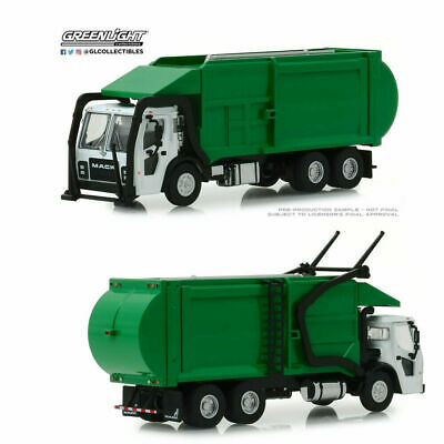 Greenlight 1:64 Mack Garbage Truck