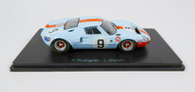 Load image into Gallery viewer, Spark 1/43 Ford GT 40 Gulf #9 Winner 24h LeMans 1968 Rodriguez, Bianchi