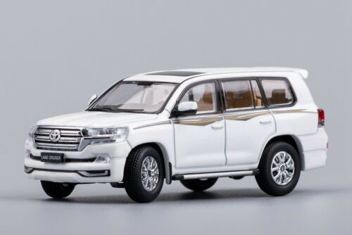 GCD 1/64 Toyota Land Cruiser White