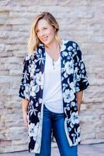 comfortable-chaos-boutique - Black and White Floral Kimono -