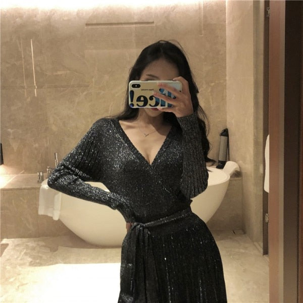 Women's Elegant V-Neck Spring Knitting Long Sleeve Dress