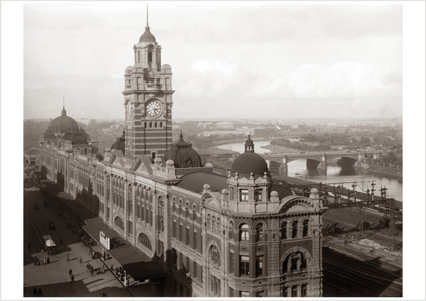 1916 Flinders St Station