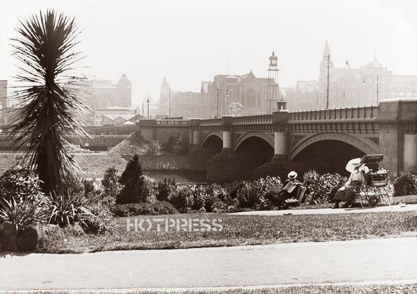 1906c Princes Bridge