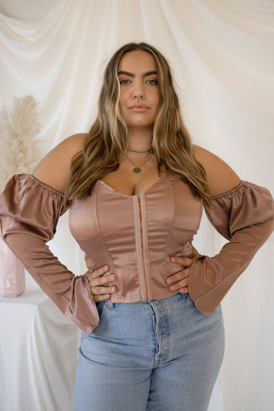 QUINN Rose Gold top with sleeves