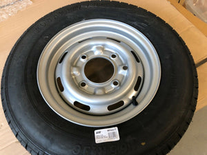 Wheel and tyre 165r13c