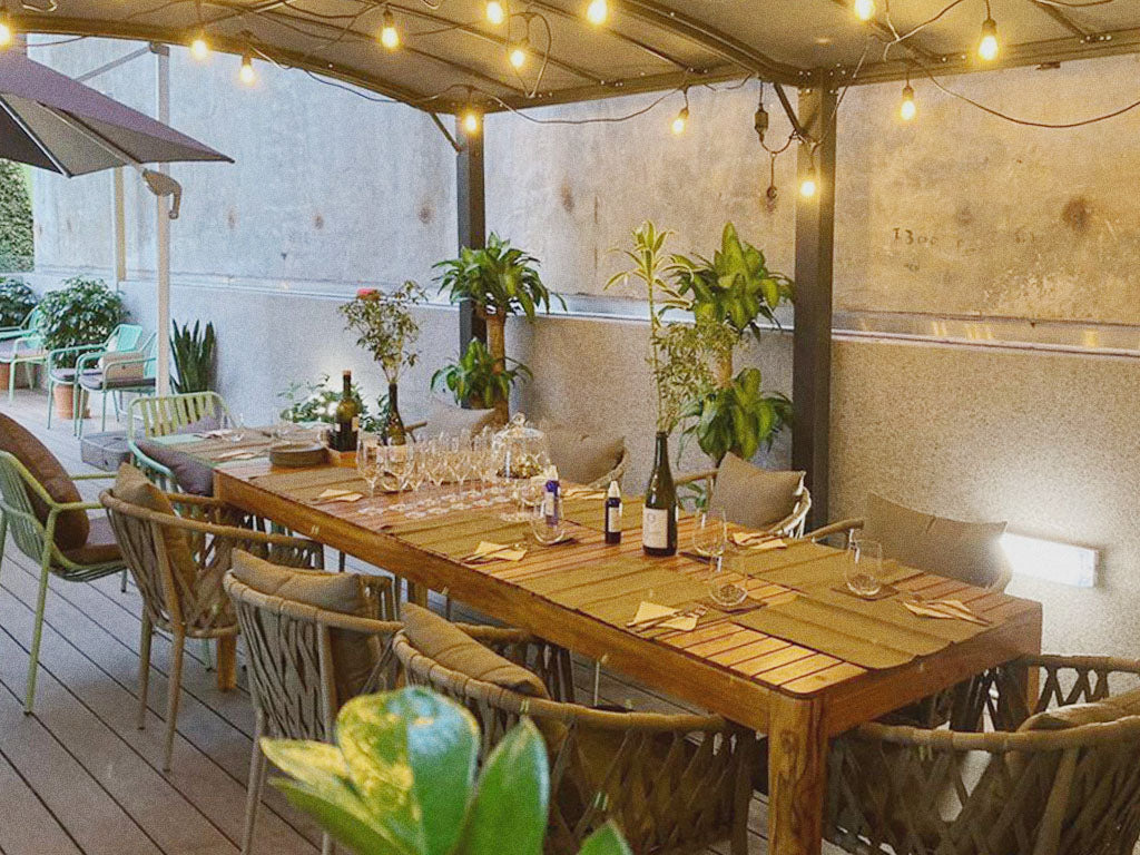 Tipico Terrace Image with table setting