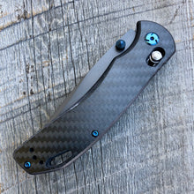 Load image into Gallery viewer, Prototype Folder - Dark Gray Coated Finish - Black Carbon Fiber