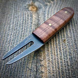 The Divot Tool Stonewashed - Brown Dyed Curly Maple