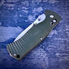 Load image into Gallery viewer, Expedition Prototype Folder - One of a Kind - Rhino Matte Sliding Lock - Green G-10