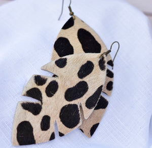 Palm Leaf- White Leopard