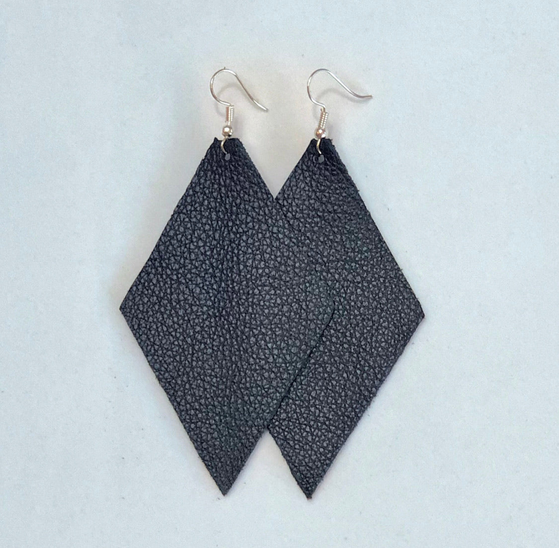 Black Earrings - Diamond