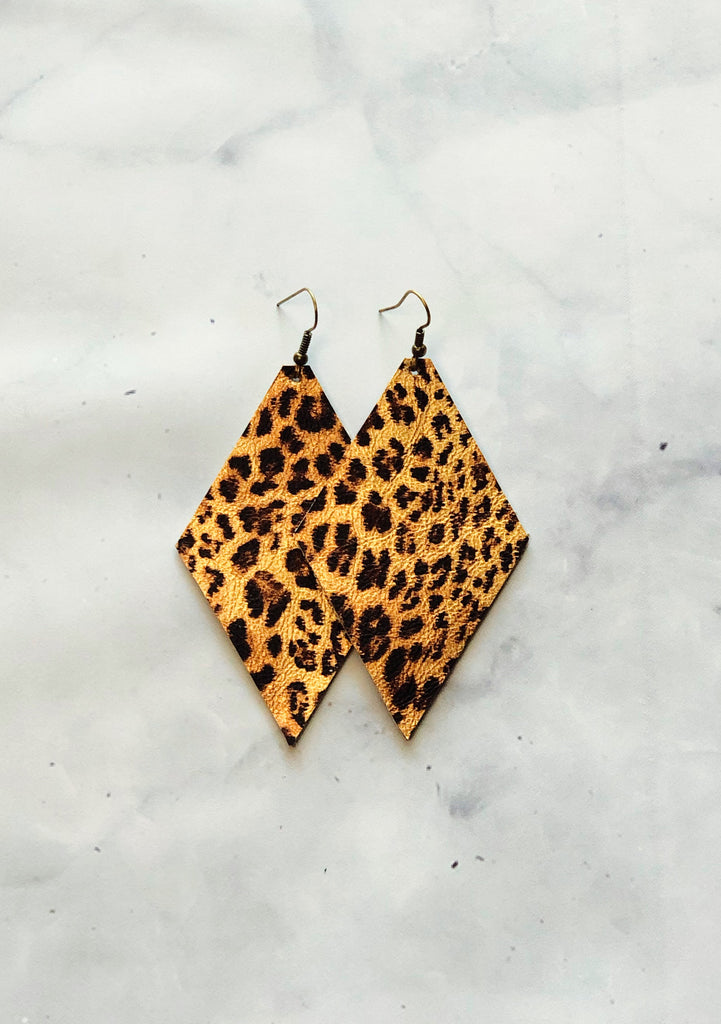 Leopard Earrings- Diamond