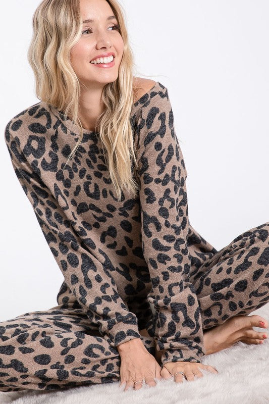 Leopard sweater knit pull over w/ casual pants