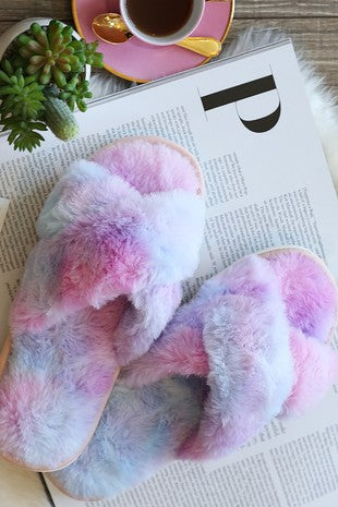 HIGH QUALITY SUPER SOFT RAINBOW FAUX FUR SLIPPERS