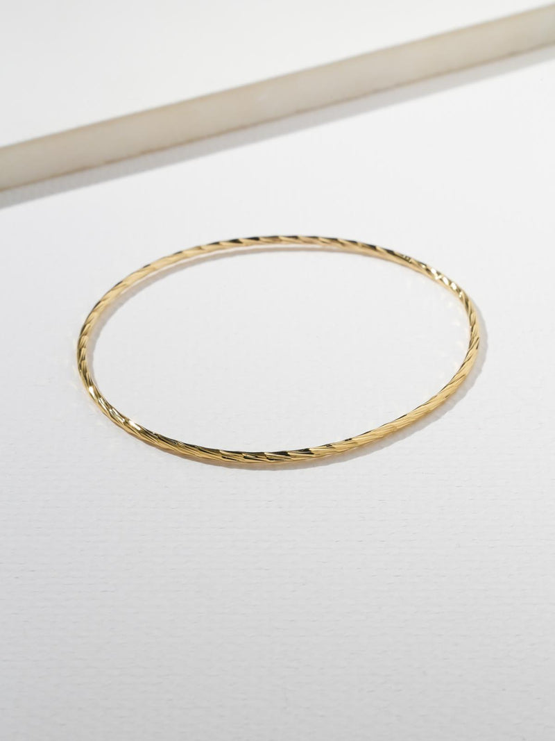 Gold Flair Bangle