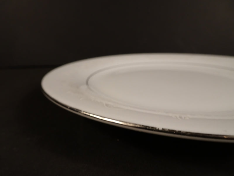 Crown Ming Fine China  7.5in Round Salad Plate