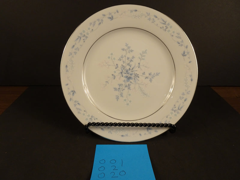 Contemporary by Noritake Carolyn 8.25in Round Salad Plate