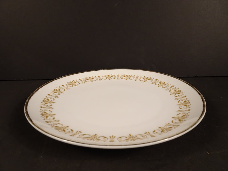 Sheffield Fine China Imperial Gold 7.5in Round Salad Plate