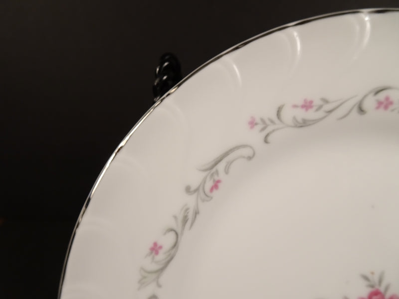 Royal Swirl  7.5in Round Salad Plate