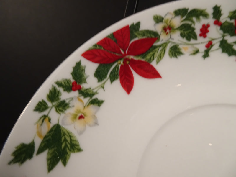 Poinsettia Christmas Pattern By GIbson Housewares 5.8in Coupe Saucer