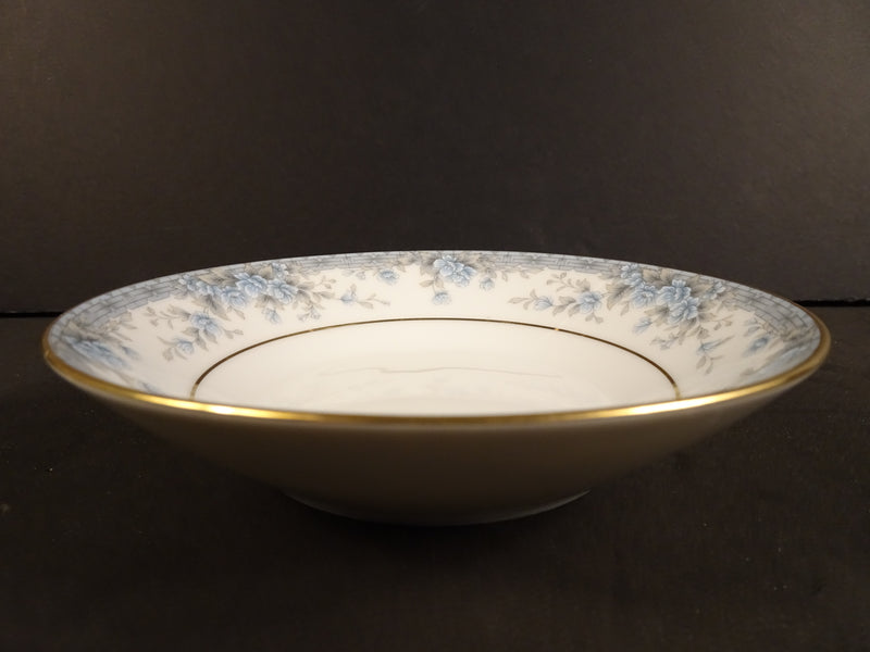 Contemporary by Noritake Avalon 5.35in Coupe Fruit Bowl