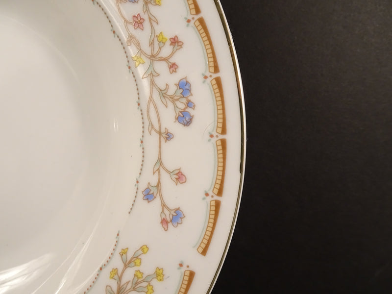Wellington  8.6in Rimmed Soup Bowl