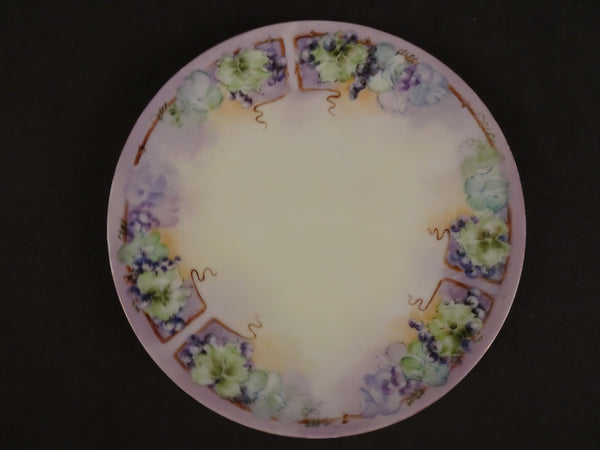 Titanic  8.5in Coupe Salad Plate