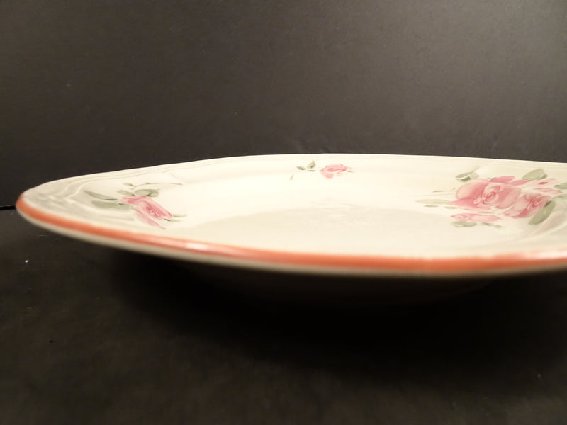 Gibson Housewares  7.75in Coupe Salad Plate