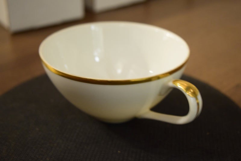 Non-Footed Tea Cup By Golden Moderne