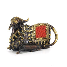 Load image into Gallery viewer, dhokra art cow statue with calf
