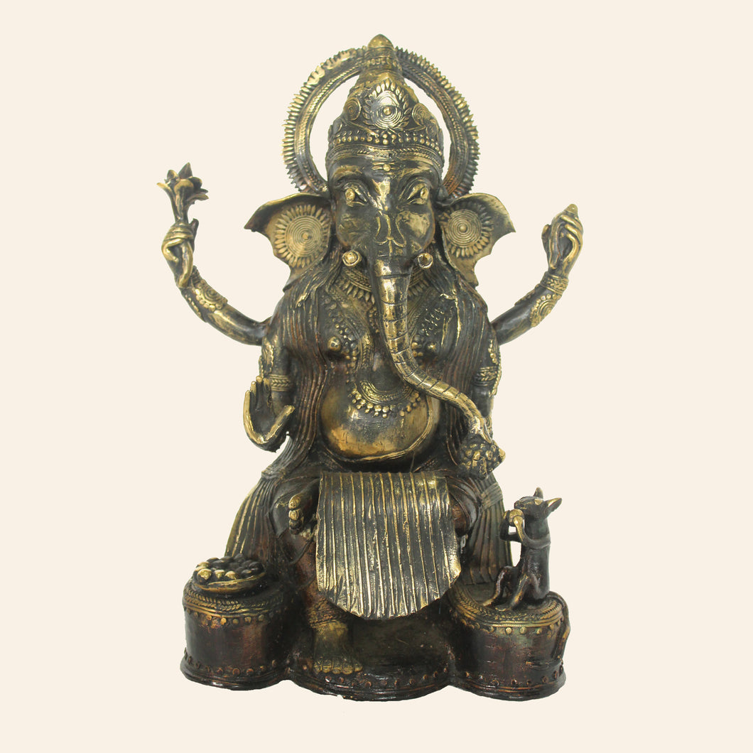 Brass metal Ganesha idol handcrafted in Bastar Art, Dhokra Art.