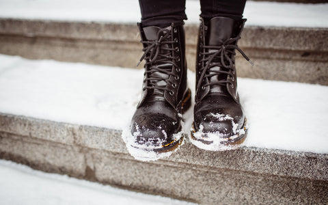 How to Care for Leather Boots in Winter - 5 Simple and Easy Tips