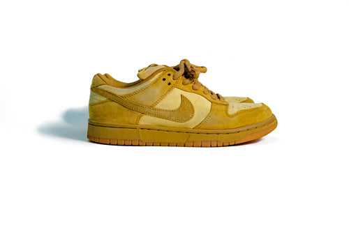 7 US - Nike Dunk SB Low Wheat Forbes 2002