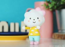 Load image into Gallery viewer, Fluffy House Miss Rainbow with Cotton Candy Style Vinyl Figure