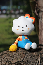 Load image into Gallery viewer, Fluffy House Jumbo Miss Rainbow and Chicky Vinyl Figure