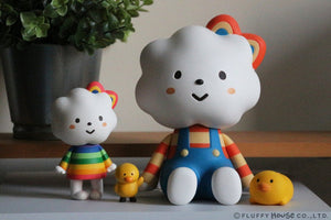 Fluffy House Jumbo Miss Rainbow and Chicky Vinyl Figure