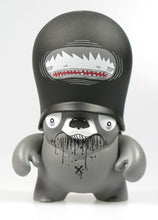 Load image into Gallery viewer, Flying Fortress Teddy Trooper Series 3 PARS 3.5 inch Vinyl Figure