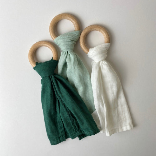 Beechwood Ring Teether with Muslin Tie - 3 pack - Hunter, Sage, Natural