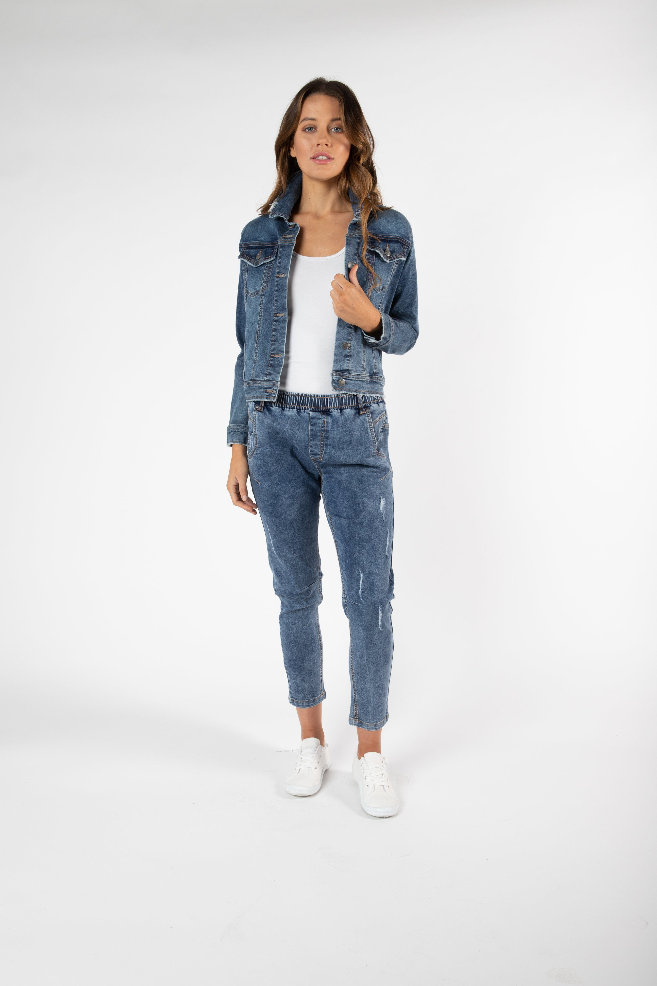 Betty Basics - Casey Denim Jacket - Dark Blue Womens Betty Basics